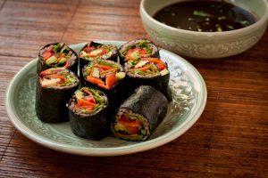 Soba Noodle Sushi Rolls