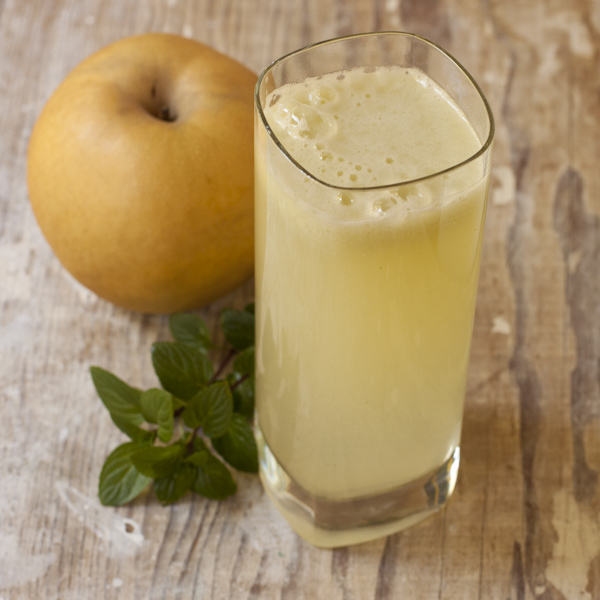 Korean Pear-Celery Juice with Ginger and Mint