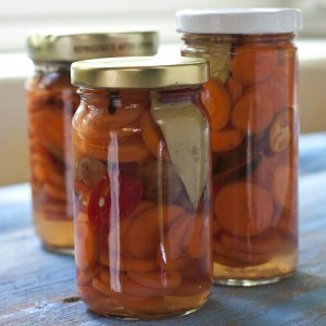 Pickled Carrots | Holiday gift ideas from Recipe Renovator
