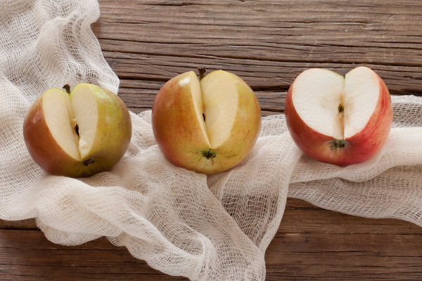 3 types of heirloom apples | Ribston, Orange Cox, Cortland | Recipe Renovator