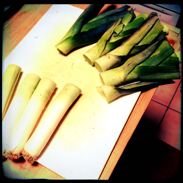how to store cut up leeks