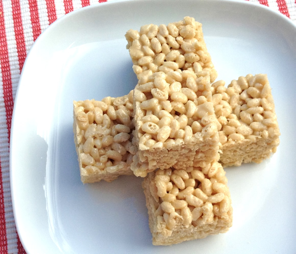 Nice Krispy Squares from Dreena Burton | Featured on Recipe Renovator's Month O' Cookies