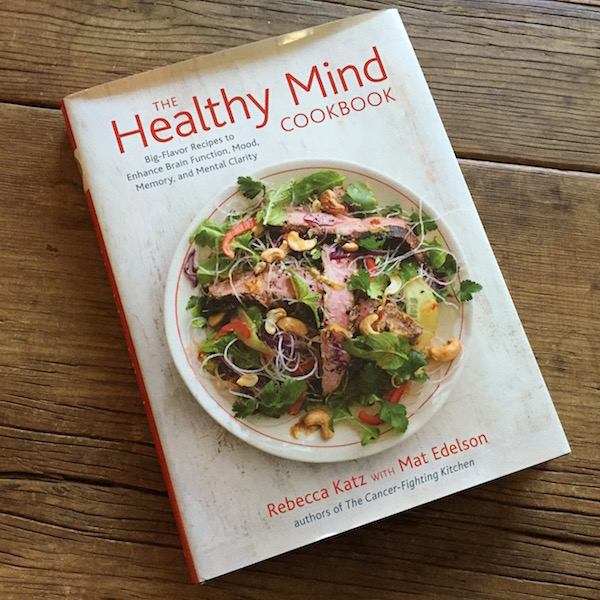 Book review on Recipe Renovator: The Healthy Mind Cookbook by Rebecca Katz. If you have any concerns about dementia or Alzheimer's, this is a must-read.